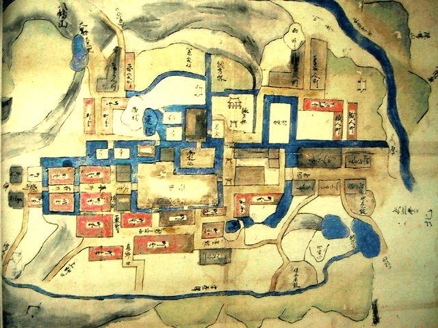 二階堂神社に須賀川史談会が建立した二階堂氏居城時代の須賀川城と町割図へジャンプ