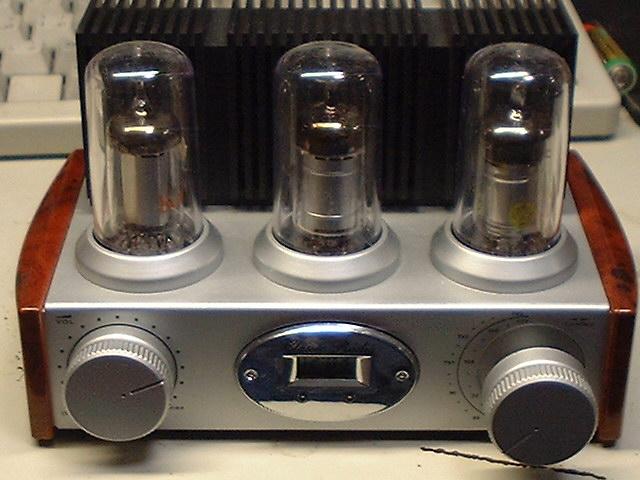 真空管風ラジオを本物の真空管ラジオに 真空管ラジオに改造する元ラジオとして面白いものがないかなー